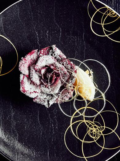 Restaurant Au 14 Fevrier -- Tarte aux petals de rose