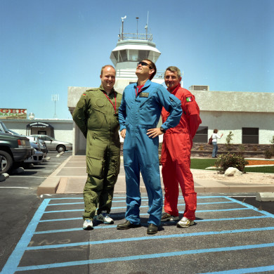 (L-R) Peter (Engineer), Henry (Test Pilot) and Massimiliano (Test Director). Mojave Air and Space Port. Mojave, CA.