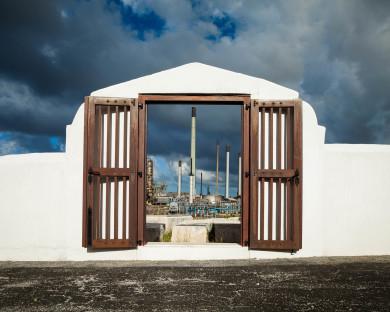 Entrance Beth Haim Cemetery and Oil Refinery. Curaçao 1659