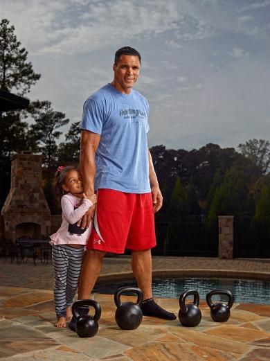 X155682 TK1: NFL: Tony Gonzalez - Atlanta Falcons