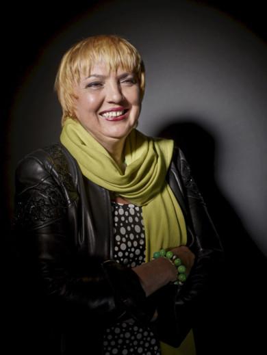 Claudia Roth - Gleiches Licht fuer Alle, Portrait Projekt