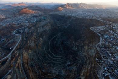 Peru Mine Eats City
