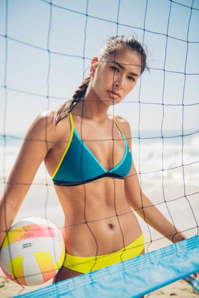 30_volleyball_f_nikeswim_13738