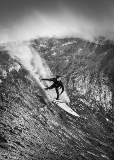 Women of Big-Wave Surfing